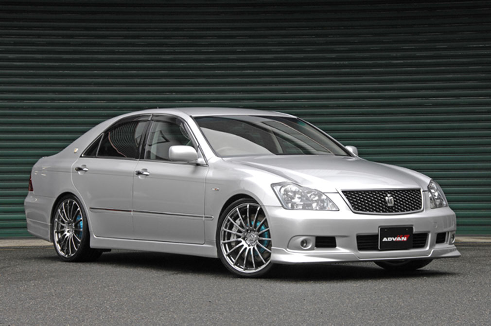 TOYOTA CROWN ATHLETE [GRS184] 2006y / Kansaiサービス [SHOP DEMO-CAR]