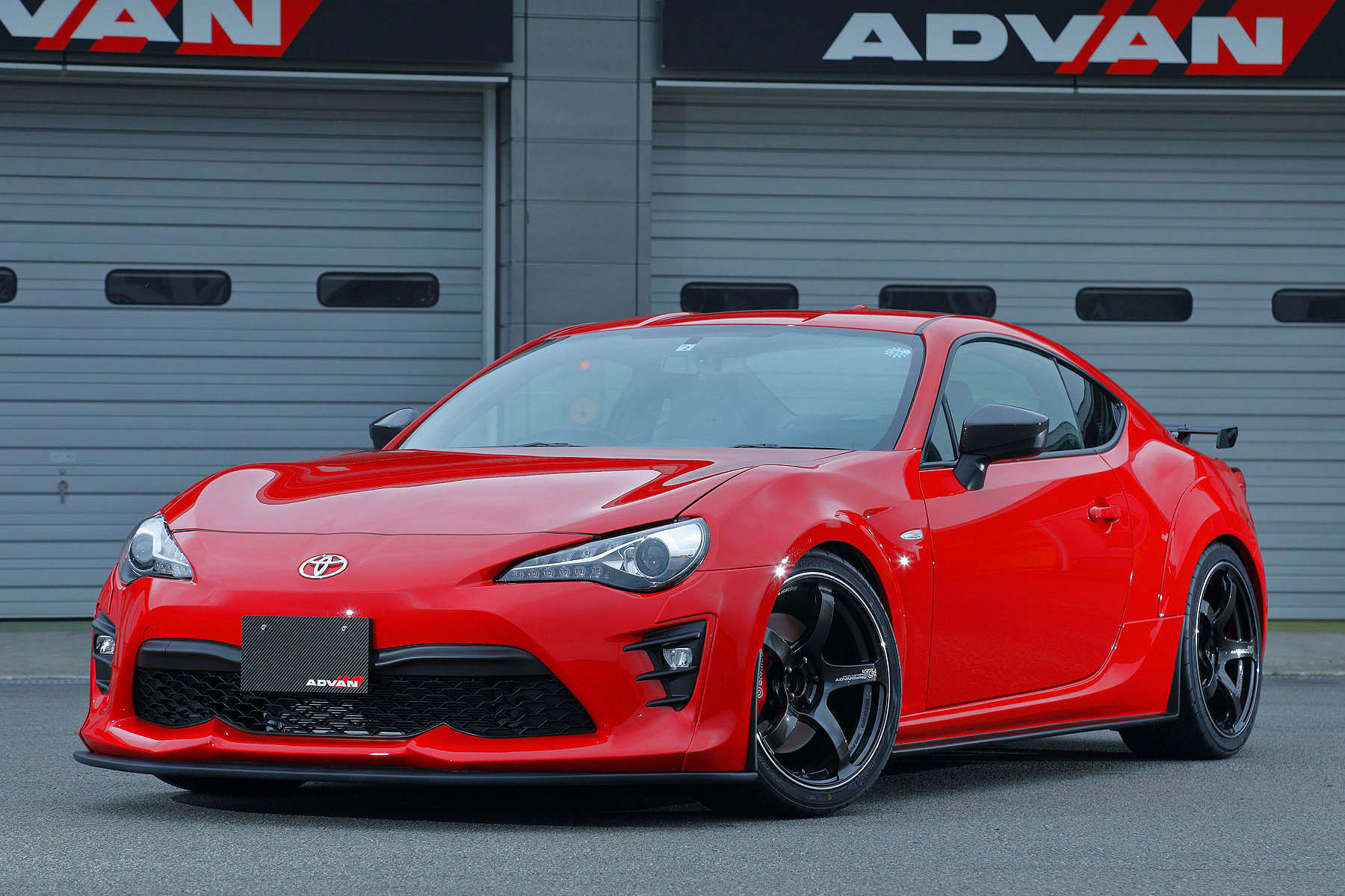 TOYOTA 86 [ZN6] 2018y /MAX ORIDO RACING [SHOP DEMO-CAR]
