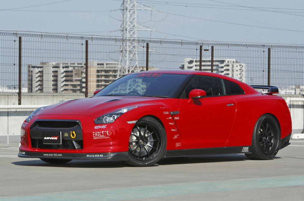 NISSAN GT-R Premium-Edition [R35] 2008y / MCR [SHOP DEMO-CAR]