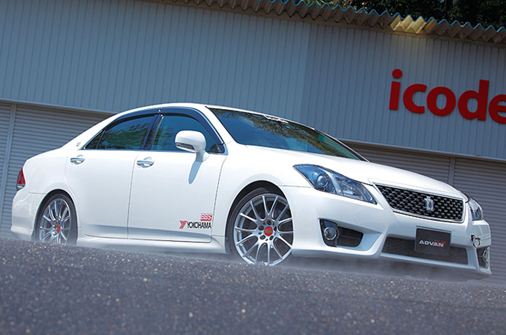 TOYOTA CROWN AHLETE [GRS204] 2010y / icode [SHOP DEMO-CAR]