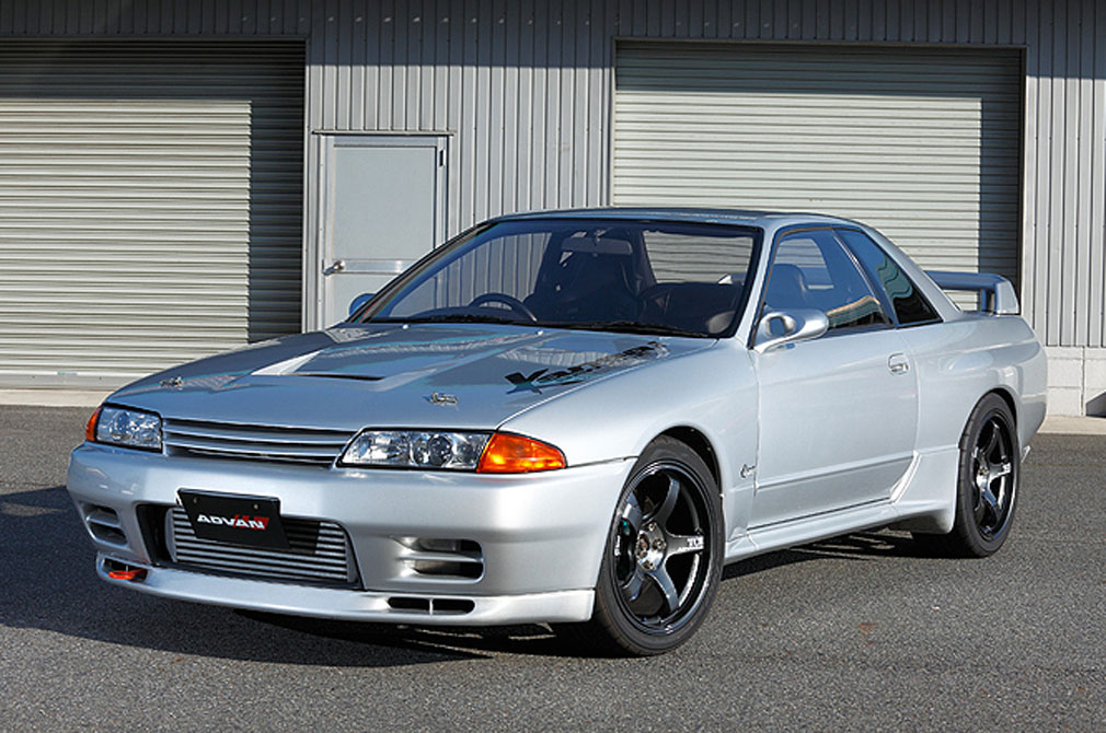 NISSAN SKYLINE GT-R [BNR32] 1990y / Kansaiサービス [SHOP DEMO-CAR]